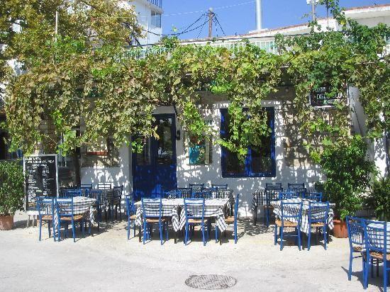 Restaurant Sakis Parga. Lovely!!