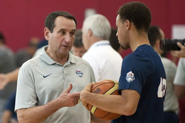 Coach K: Rio Is The End Of USA Basketball Coaching Career - Duke Basketball Report 08-11-15, Las Vegas, NV, Team USA head coach Mike Krzyzewski talks to guard Stephen Curry (49)