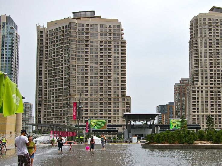 One Bedroom Condo Right Downtown Mississauga