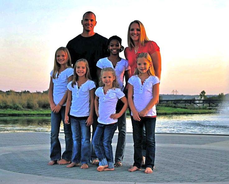 Gabrielle Douglas Family | Go Back > Gallery For > Gabby Douglas Parton Family