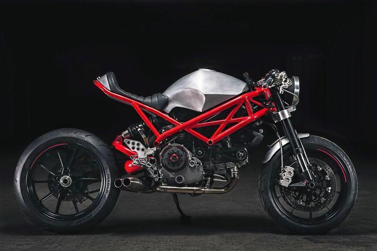"RocketGarage Cafe Racer: Ducati ""Rat Army"""