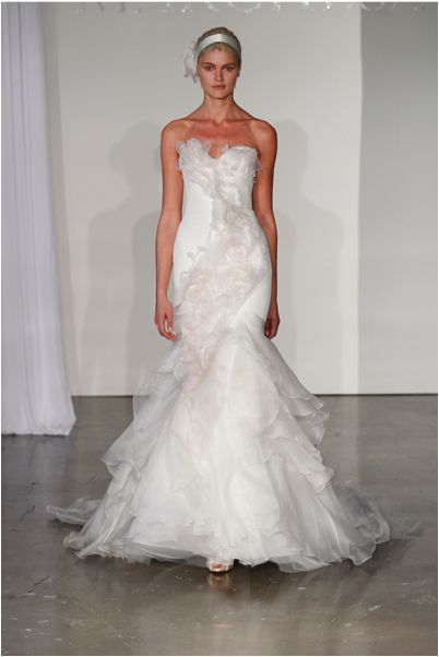 57 best Marchesa images on Pinterest | Bridal gowns, Wedding frocks ...