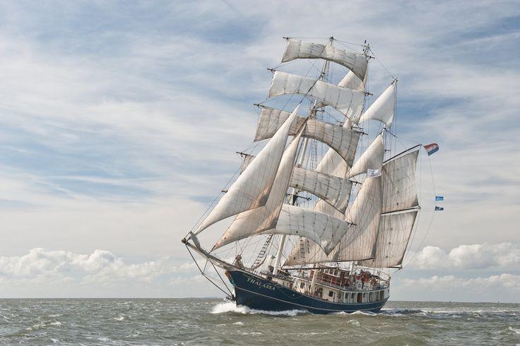 Crowdfunding-Projekt von OceanCollege. 34 Schüler 6 Monate auf einem Segelschiff. Entdeckung 8 neuer Kulturen und Unterricht vor Ort! #crowdfunding #startnext #education #ship #ocean