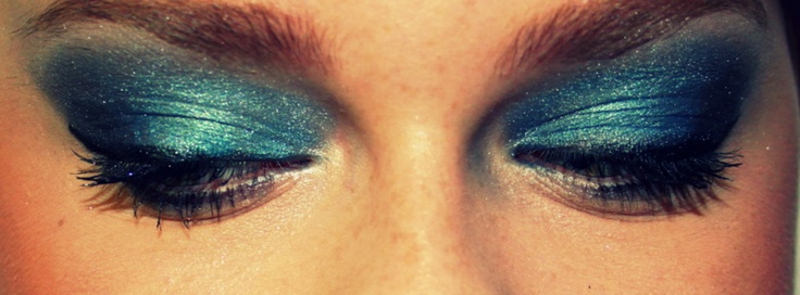 Maybelline Eye Studio Sapphire Siren Eyeshadow Quad Review, Photos, Swatches