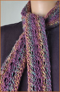 Free Knitting Patterns For Skinny Scarves : 36 best images about Skinny scarves on Pinterest Infinity scarfs, Patterns ...