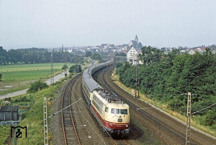 IC 179 Helvetia mit 103 174 am 08.08.1981 hinter Hünfeld auf der alten Nord-Südstrecke
