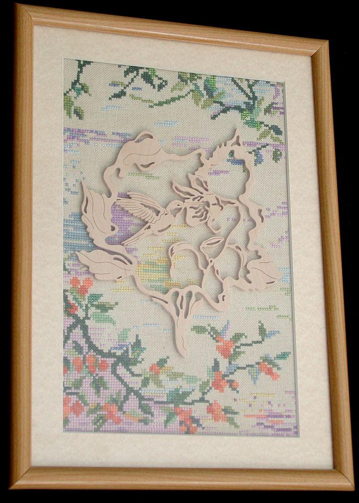 картина по мотивам Луи Тиффани (лен, окрашенный вручную, вышивка крестом, центральный медальон- дерево)