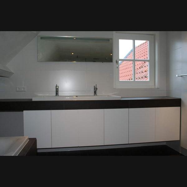 Badkamermeubel betegeld blad met opbouwwastafel wit