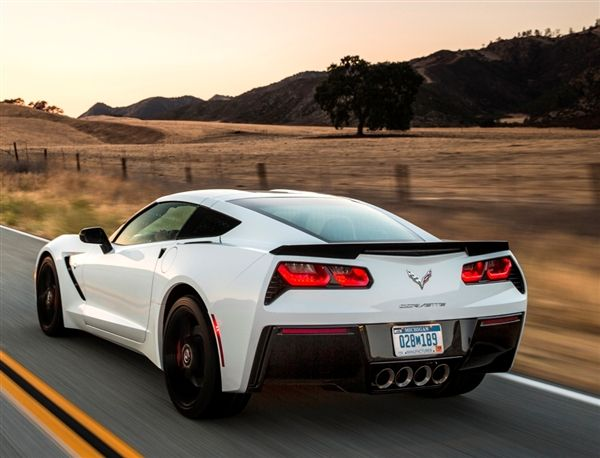 2015 Corvette Stingray z06, saw one of these the other day, looks great, improvement from previous ugly ass corvettes