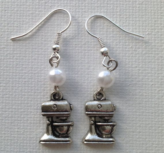 Cupcake Mixer Earrings by Mogglepops on Etsy, €9.99