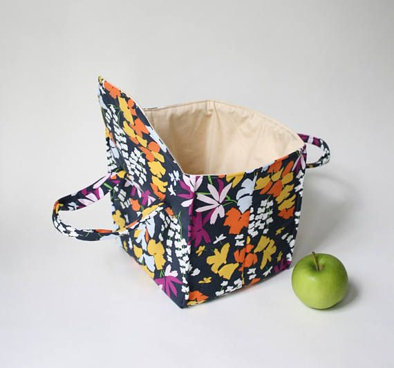 Insulated Lunch Bag in Ebony Midnight Floral  Insulated Lunch