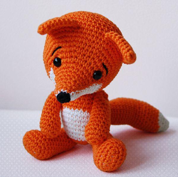 Amigurumi Pattern - Lisa the Fox - Gerepind door www.gezinspiratie.nl #haken #haakspiratie #knutselen #creatief #kinderen #leuk #crochet