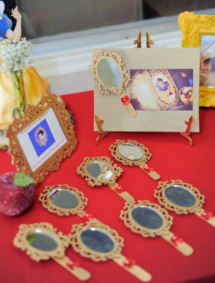 Vintage Inspired Snow White Themed Birthday Party