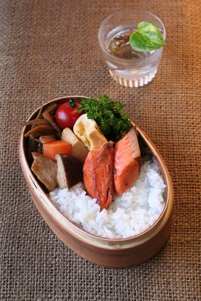 2012.05.16 鮭弁当