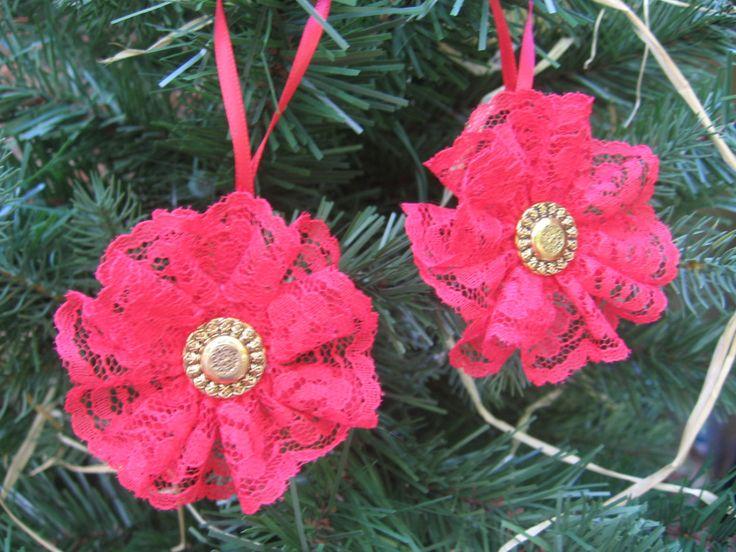 Adornos de encaje rojo adornos de árbol de por SnowNoseCrafts