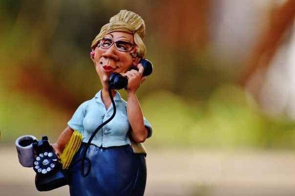 Call Center: strumenti di tutela contro le telefonate moleste Con il caldo tolleriamo ancora meno le telefonate inopportune che rasentano lo stalking!!! Certo non è colpa dei lavoratori che spesso pur di portare lo stipendio a casa, in un momento di crisi, ven #diritto #tutela #telefonia