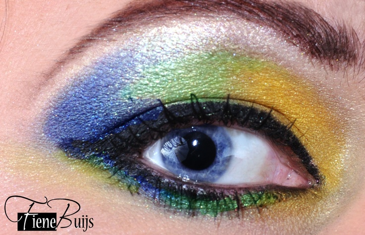 Colorful make up! www.fienebuijs.nl