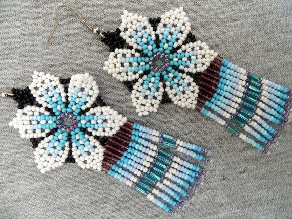 Huichol Flower Earrings White Blue by ManoDeGato on Etsy
