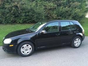 2009 Volkswagen Golf City Sedan (with snow tires on steel rims) (Toronto, Ontario) $7000