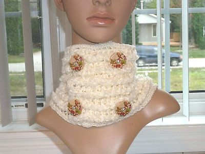 Cowl Crochet Cream and Fluffy Cream that Buttons New