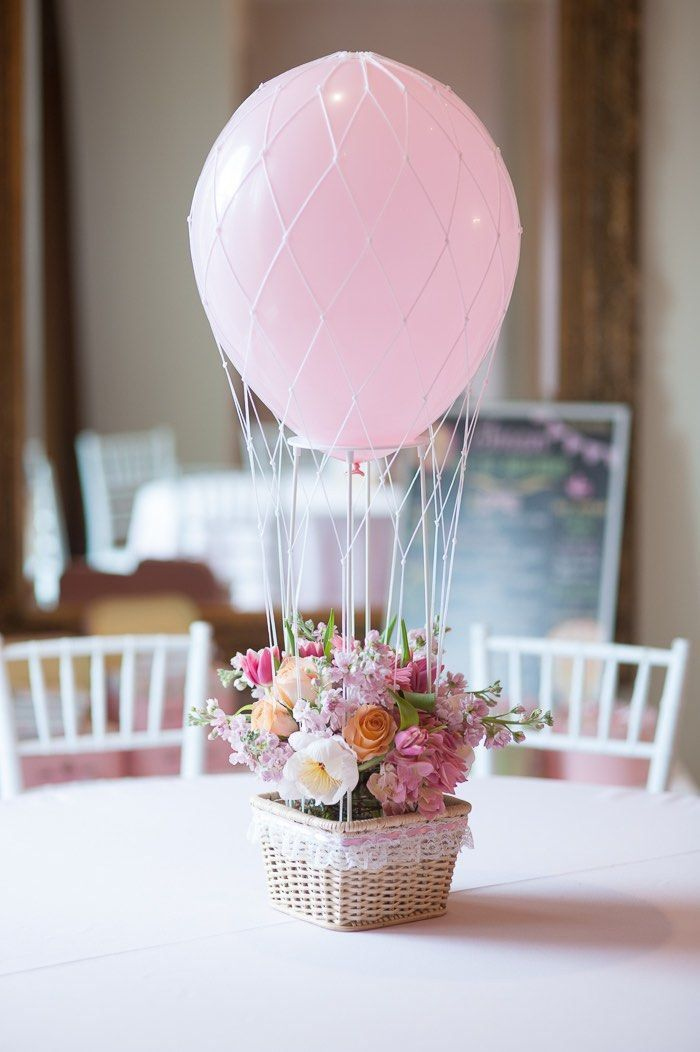 Classy balloon and floral centerpiece.