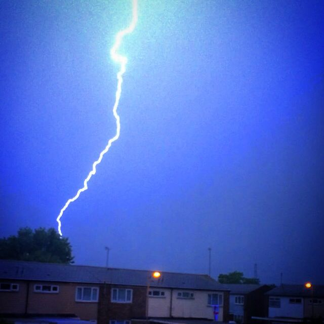 Lightning strike near my home! - Aylesbury, United Kingdom