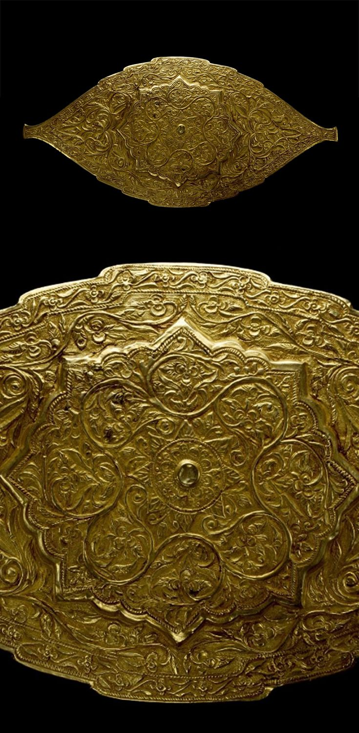 Indonesia | Belt buckle; Repousse gold over copper | 19th century | Minangkabau people, West Sumatra || {GPA}