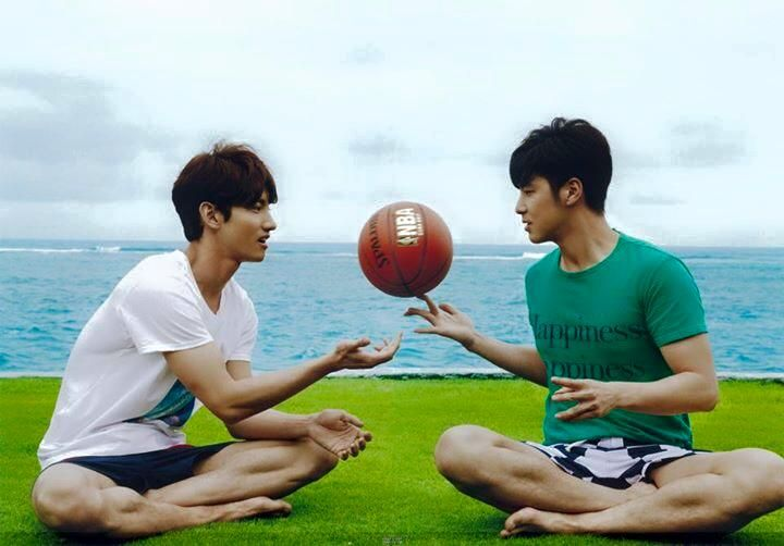Changmin + Yunho // TVXQ