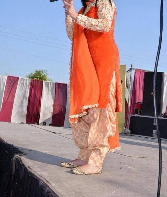 Velvet orange punjabi suit❤️