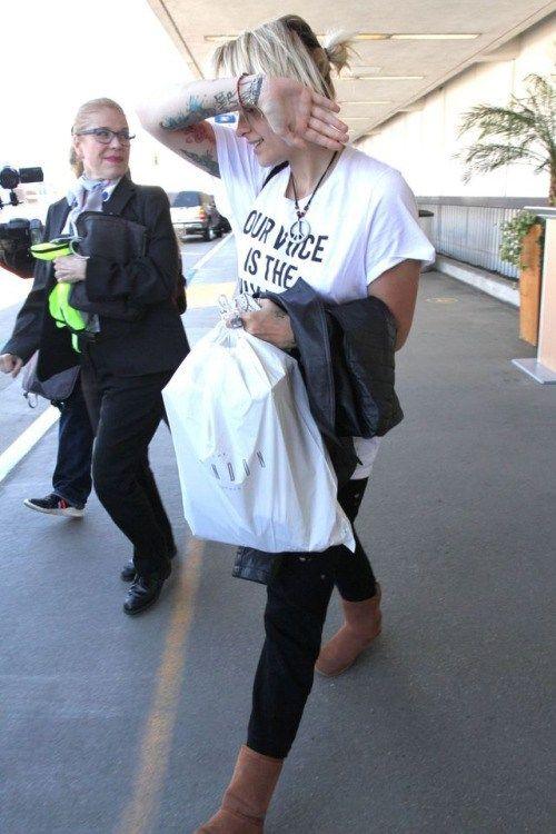 celebstills: Paris Jackson #ParisJackson Out in Los Angeles