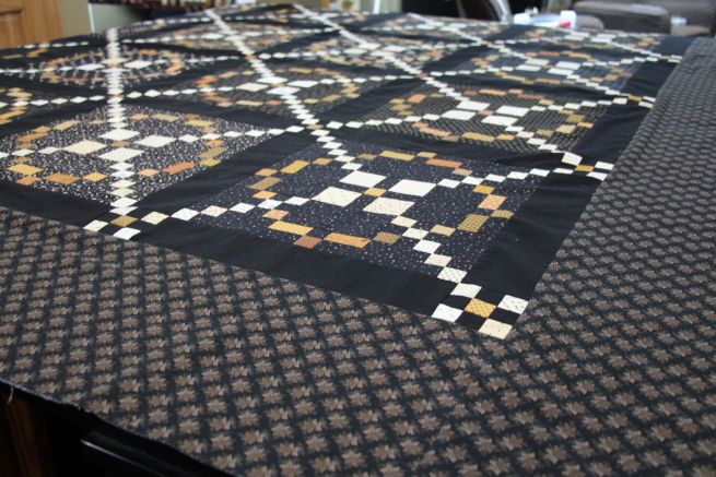 Lisa Bongean's  #APQquiltalong quilt is out of this world!. @Primitive Gatherings Quilt Shop