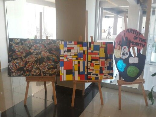 Piet mondrian exhibition