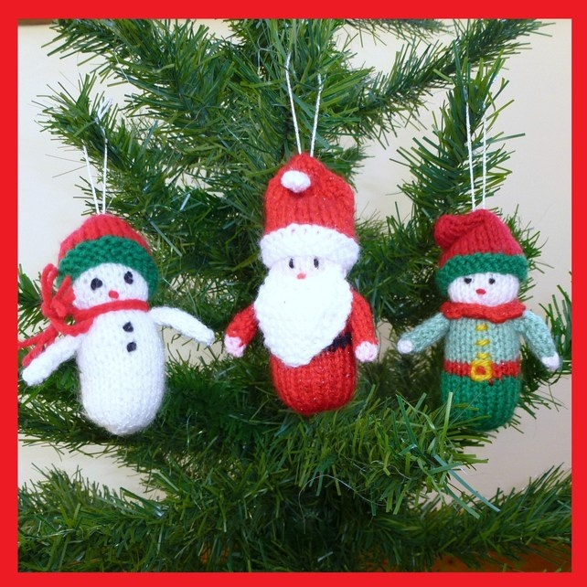 3 knitted Christmas decorations £10.00
