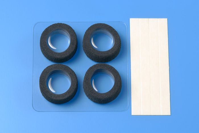 JR Narrow Reston Sponge Tires (Item #15388)