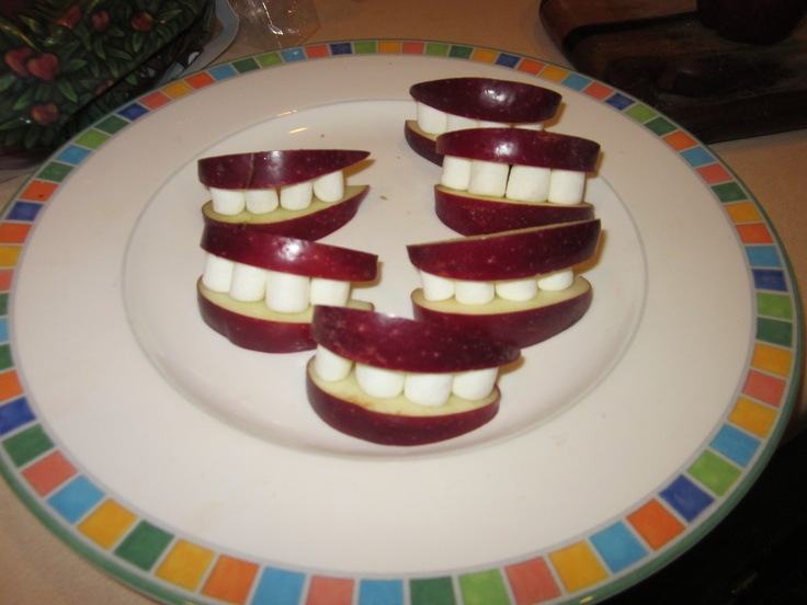 Ghoulish Grin Halloween Snack with Apples