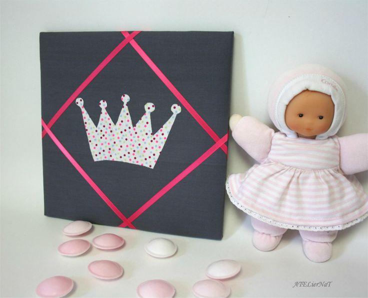 Cadre pour barrettes 'couronne de princesse à pois' # rangement mural # déco murale # organiseur mural http://atliernatblog.canalblog.com