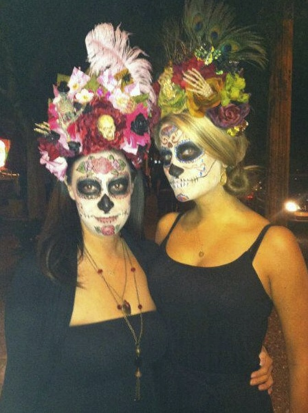 Customer Photo Dia De Los Muertos Flower And Feather Headdresses At The All Souls Procession In Tucson Az 201 Feather Headdress Eye Candy Dia De Los Muertos