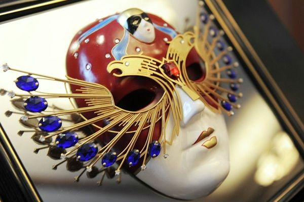 ЛитКульт — В Москве вручены премии «Золотая маска»