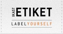 http://www.ikastetiket.dk/navnebaand Lav dine egne navne-skilte til tøj mv..