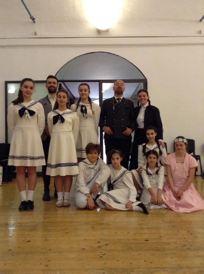 Prova costumi per l'ultimo incontro di #MusicalWeekend Firenze. #scuoladimusical #thesoundofmusic #schooldress