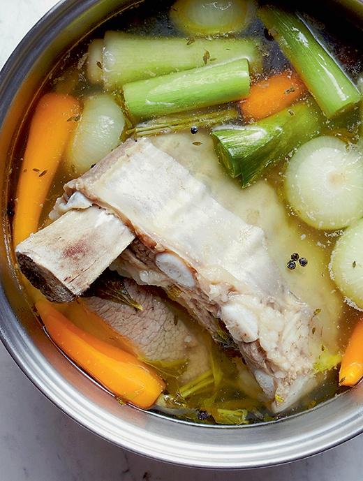 Kommt Zeit, kommts zart: Das Rezept für Siedfleisch mit Knödeln (Redaktion: Karin Messerli; Fotos: Nadia Neuhaus)