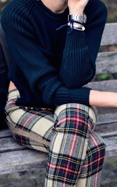 #fall #fashion / navy knit + tartan pants