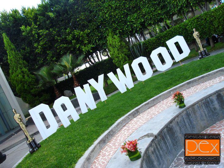 Fiesta temática Hollywood solo para tus XV Años!!!!