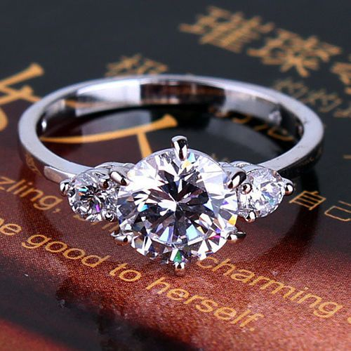 A Perfect 1.5CT Round Cut Russian Lab Diamond 18K White Gold Promise Engagement Wedding Anniversary Ring