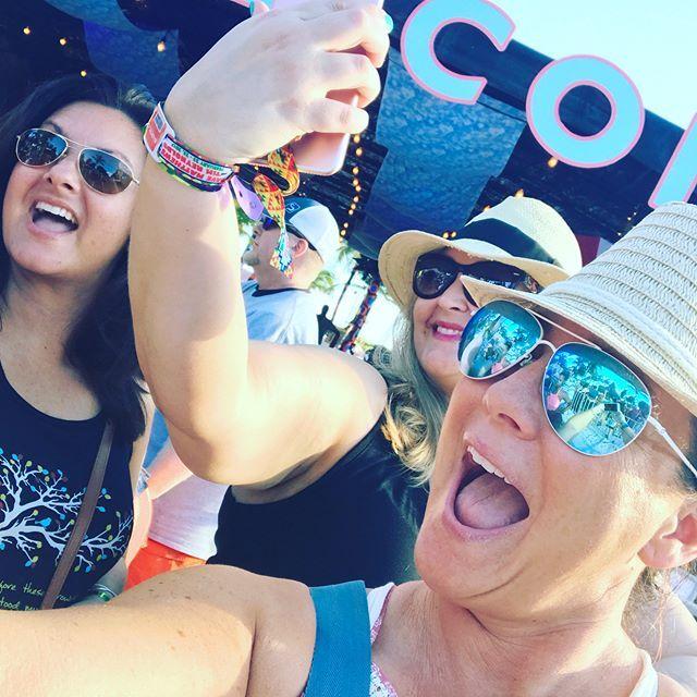 💯FACT. Selfies improve with a spray tan🙌🏻 #bestspraytansandiego #besttanever #bestspraytan #stagecoach #encinitas #carlsbad #cheer #crown #chella #coachella #OHS #oceanside #organic #selfie#selfiesaturdays #missca #missusa #tan#spraytan#beauty#goddess#infinitysun #5staryelp #sandiegoconnection #sdlocals #encinitaslocals - posted by Shades By Lori 🌞 https://www.instagram.com/shadesbylori. See more post on Encinitas at http://encinitaslocals.com