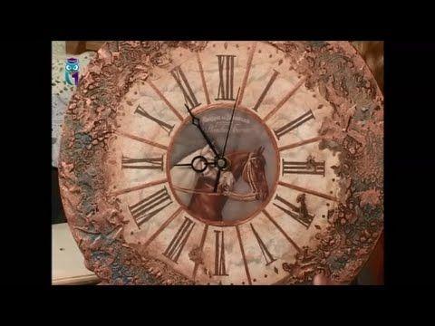 Декупаж часов объемным декором, имитируя металлическую поверхность. Маст...
