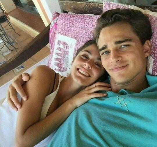 Martina Stoessel (TINI) e Pepe Barroso❤