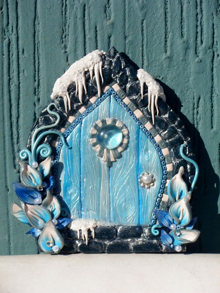 My winter fairy door ispired by the works of Kim Detmers