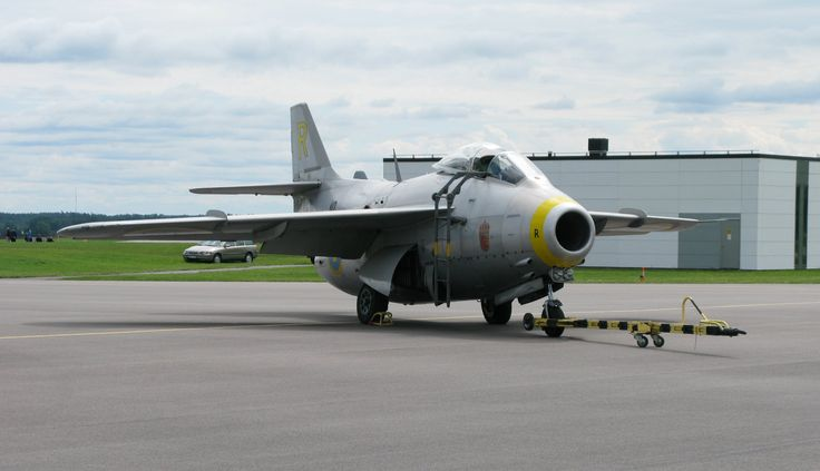 Saab J 29F Tunnan operated by Swedish Air Force Historic Flight 2010 by Herranderssvensson [2580  1485]