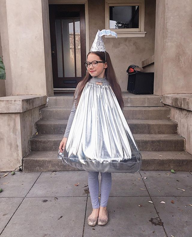 Hershey 2020 Halloween Parade Pictures Homemade Hershey's Kiss costume | Kiss halloween costumes, Hershey